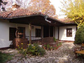 "Манастир ""Св. Атанасий"", Чирпан - домът на Яворов и..."