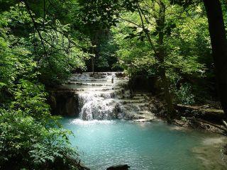 Крушунски водопади, Деветашката пещера, Ловеч