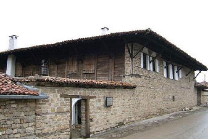 Арбанаси - Преображенски манастир - Хотнишки водопад