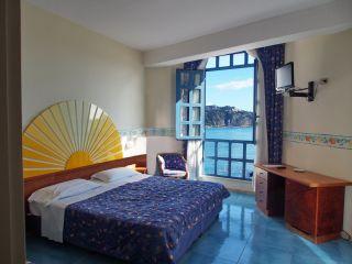 Почивка в  ИТАЛИЯ - СИЦИЛИЯ, хотел Sporting Baia 4* - със самолет и обслужване на български език! Гарантирани места!